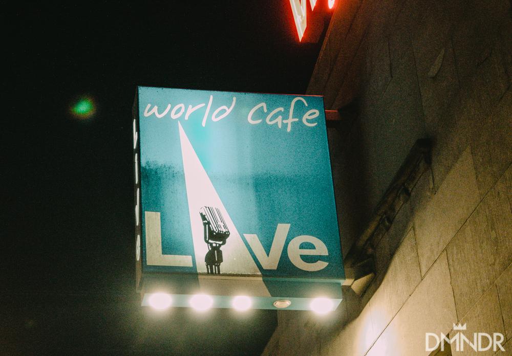 World Cafe live sign