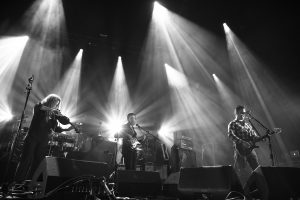 modest mouse_11